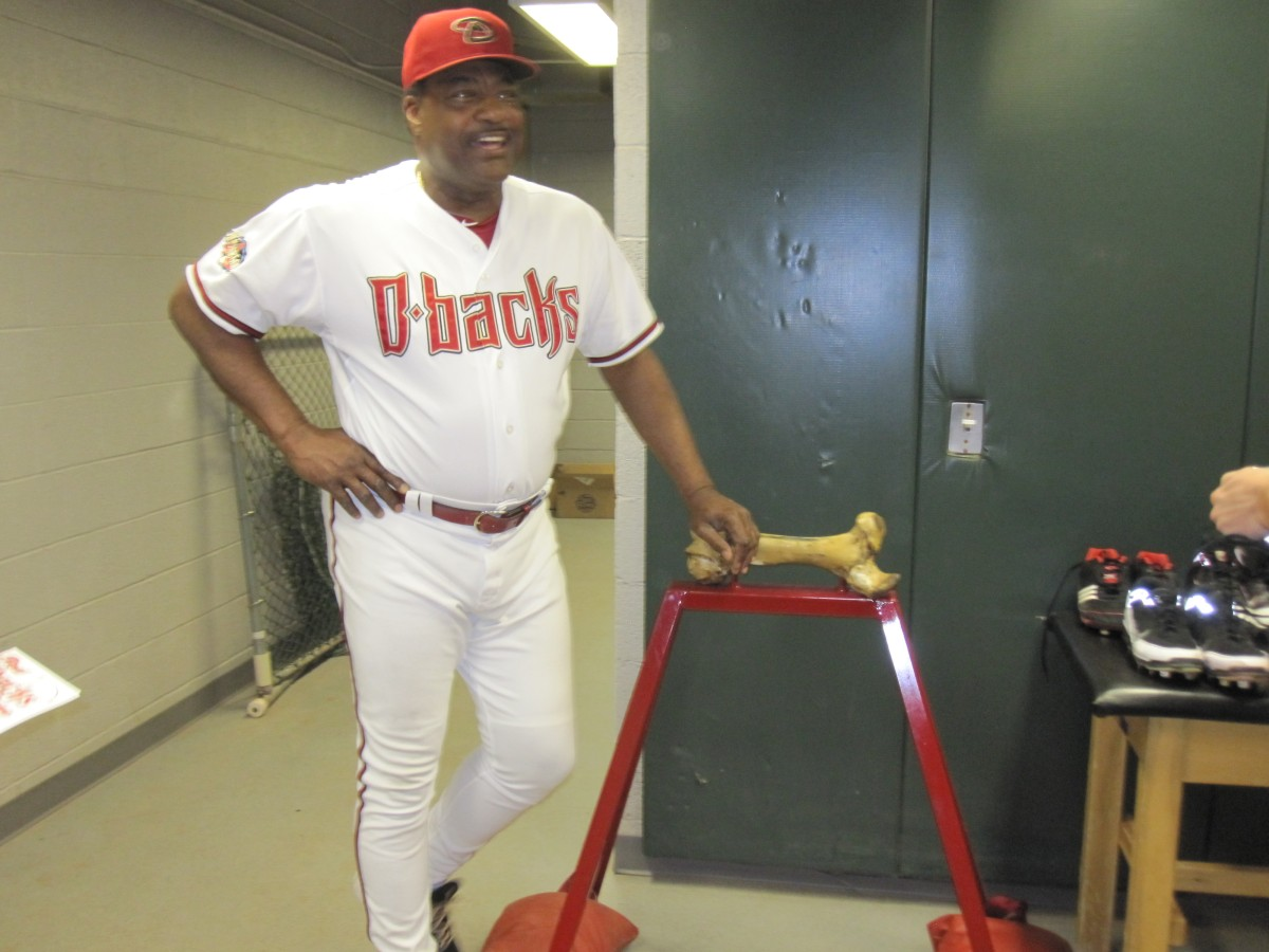Don Baylor and the Aggie bone